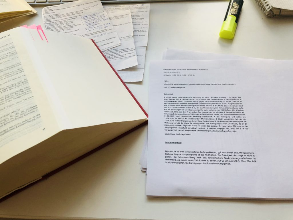 Jura Studium lernen