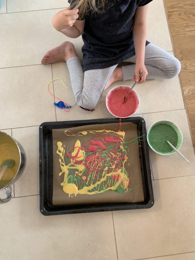 Papageienkuchen backen mit Kindern
